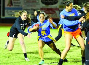 Cops and Robbers battle to 6-6 tie in annual Homecoming Powder Puff game